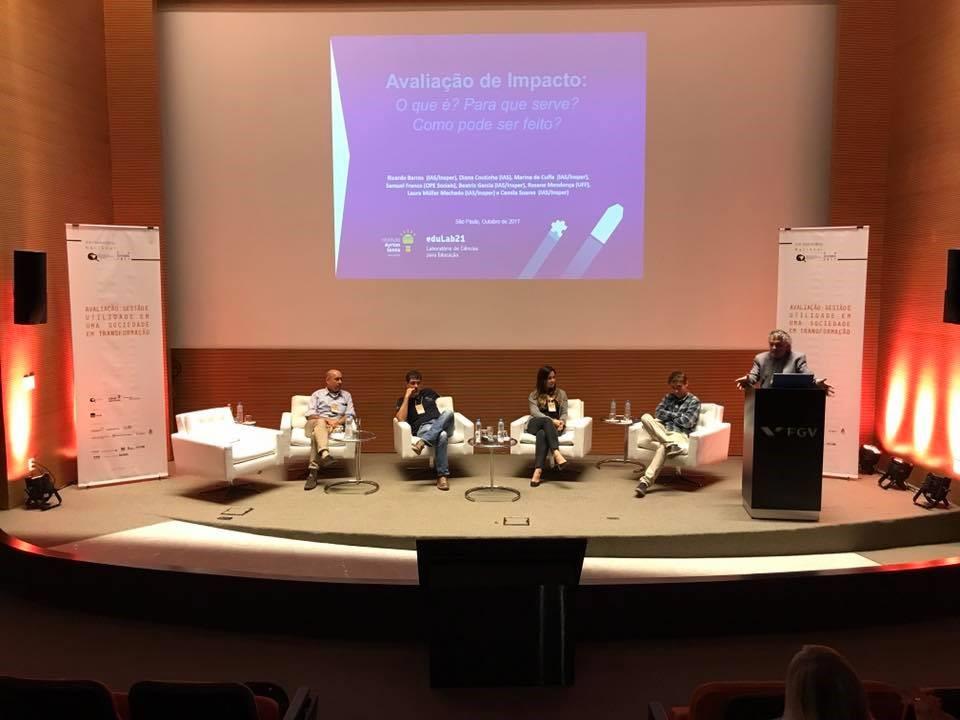 Mesa sobre avaliação de impacto  VIII Seminário Nacional da Rede Brasileira de Monitoramento e Avaliação